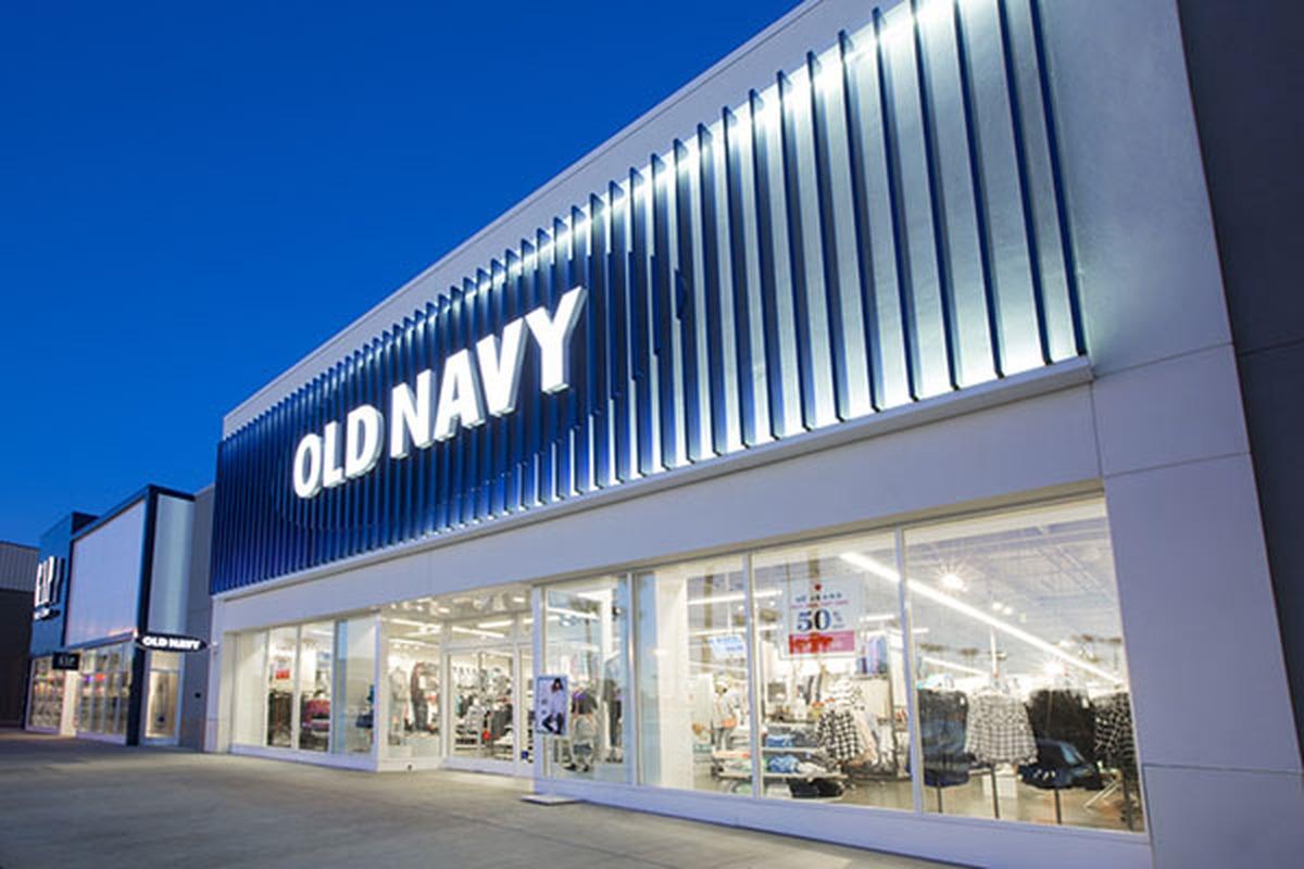 Old Navy sẽ chính thức khai trương cửa hàng đầu tiên tại Việt Nam vào tháng 6