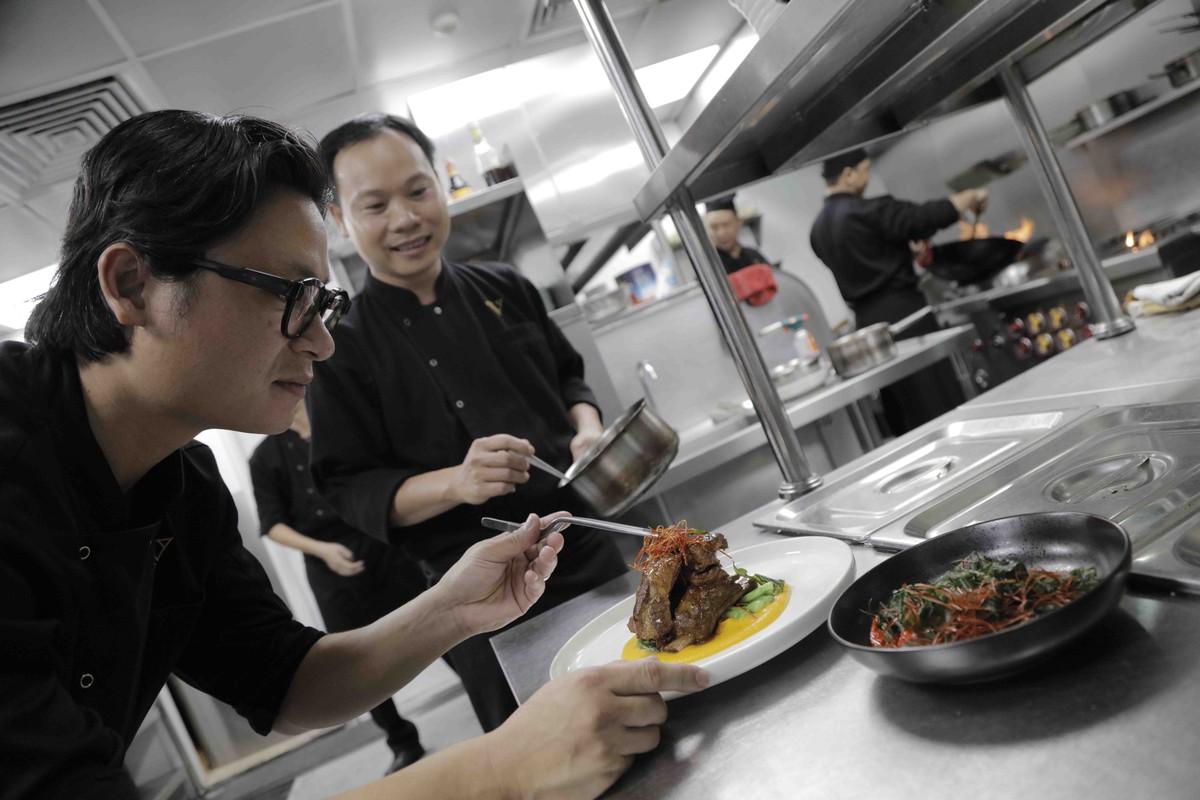Vietnam House giới thiệu thực đơn độc bản kỉ niệm một năm thành lập