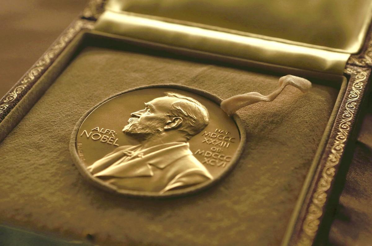2 giải Nobel Văn học sắp được trao