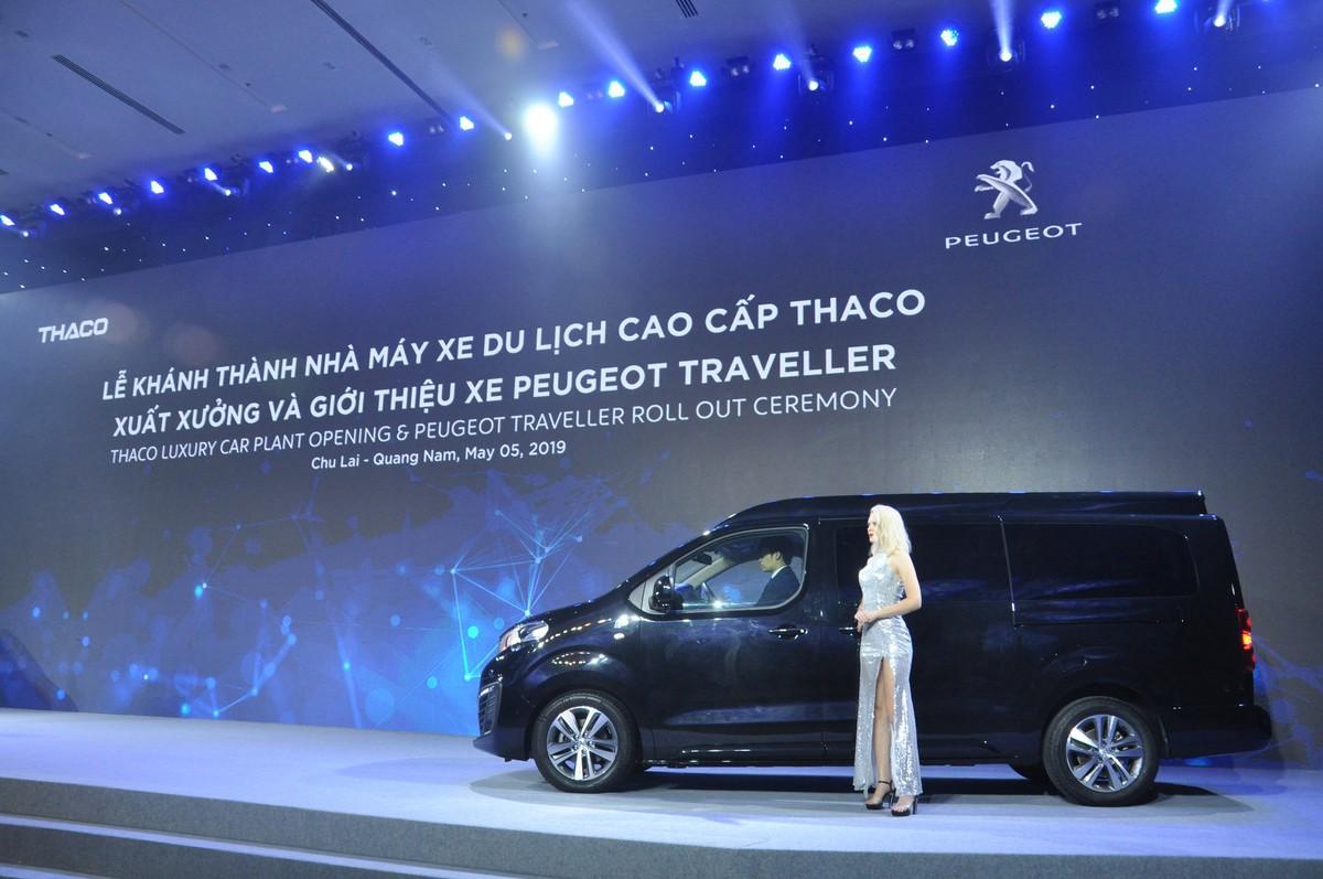 Thaco chính thức ra mắt mẫu xe Peugeot Traveller