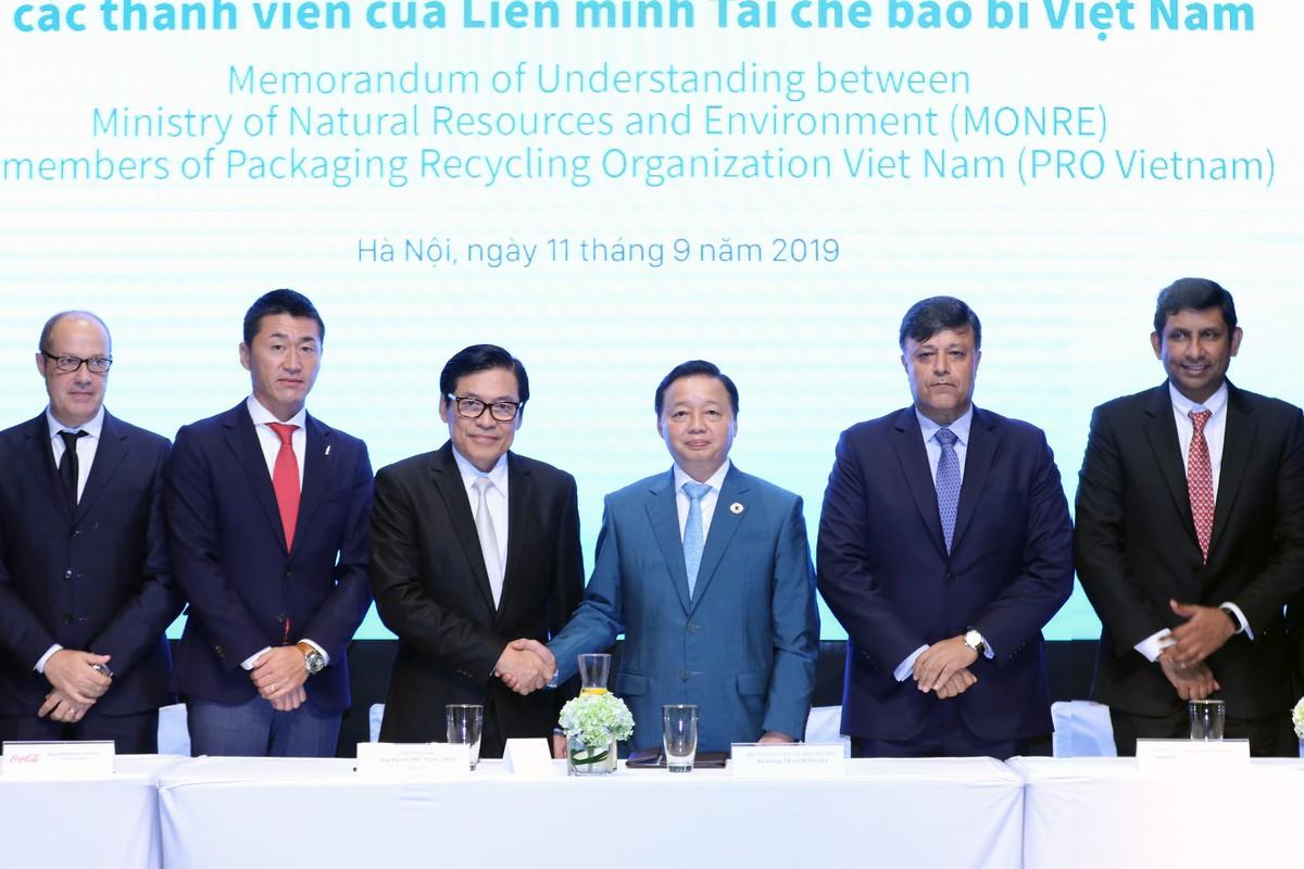 Nhiều công ty tham gia cam kết vì môi trường bền vững