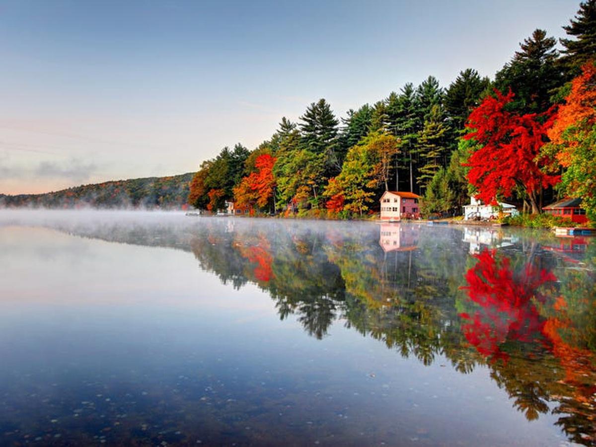Những hồ nước đẹp mê hồn tại mỗi tiểu bang Hoa Kỳ