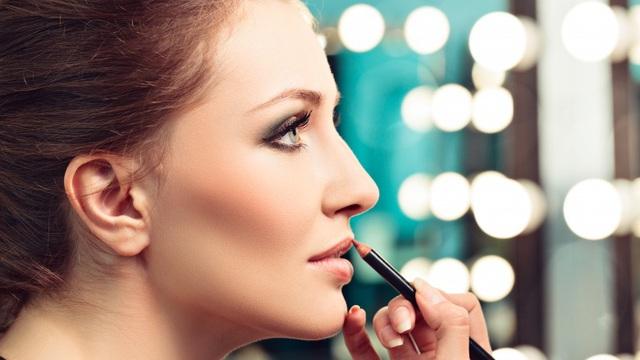 8 lỗi dùng son môi có thể bạn đang mắc phải - Ảnh 4.