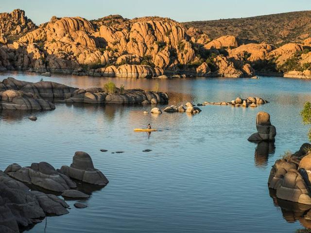Những hồ nước đẹp mê hồn tại mỗi tiểu bang Hoa Kỳ - Ảnh 3.