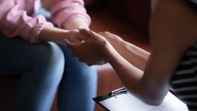 Những thói quen để đối phó với chứng lo âu - Ảnh 4.