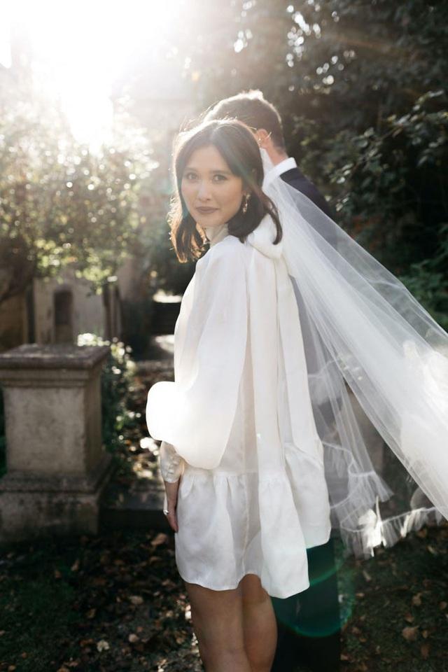 Hành trình chọn váy cưới của một cô dâu người Úc - Ảnh 14.