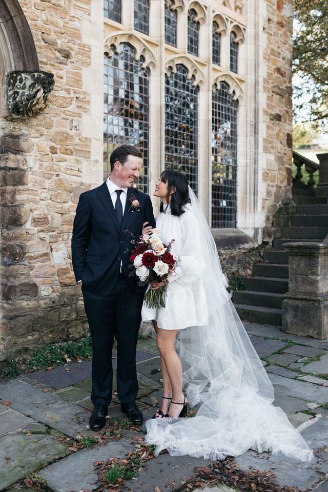 Hành trình chọn váy cưới của một cô dâu người Úc - Ảnh 21.