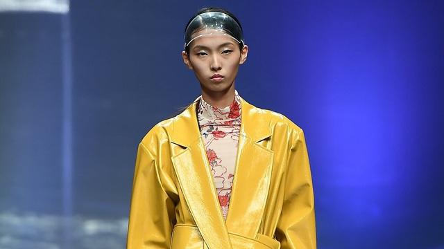 Những xu hướng thời trang sẽ chiếm ưu thế trong năm 2021 - Ảnh 9.