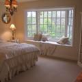 12 kiểu ghế bên cửa số tuyệt đẹp dành cho phòng ngủ