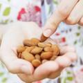 Ăn nhiều hạt hạnh nhân không phải là tốt