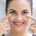 9 cách đơn giản loại bỏ quầng thâm, bọng mắt