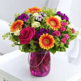 Tết này, bạn cắm hoa gì để mang lại may mắn, phúc lộc?