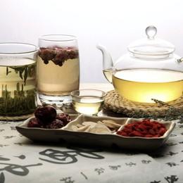 Mùa Xuân thưởng vị trà hoa