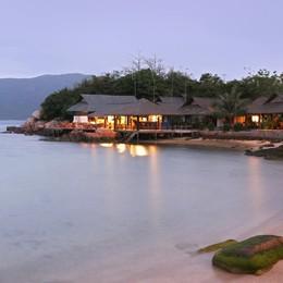 Whale Island Resort: ngôi nhà quê giữa vịnh Vân Phong