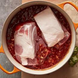 """Thay vì tẩy chay thịt lợn, hãy nấu những món """"ăn chín uống sôi"""" này"""