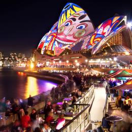 Vivid Sydney: dịp tốt nhất để du lịch Úc