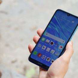 5 mẫu smartphone giá rẻ phù hợp với học sinh, sinh viên