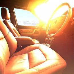 Mẹo làm mát nhanh ôtô đỗ lâu dưới trời nắng nóng