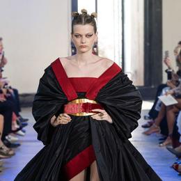 BST Haute Couture Thu - Đông 2019 của Elise Saab: phương Đông huyền bí