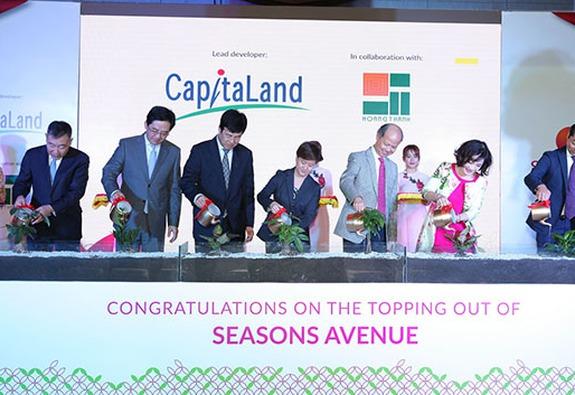 CapitaLand và Hoàng Thành tổ chức lễ Cất Nóc dự án Seasons Avenue