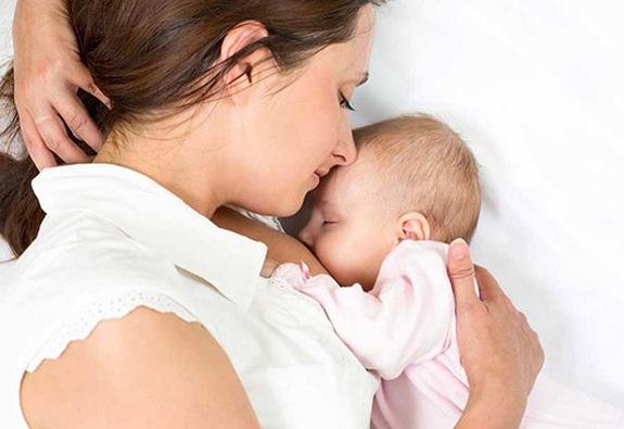Quá nhiều lợi ích từ việc nuôi con bằng sữa mẹ