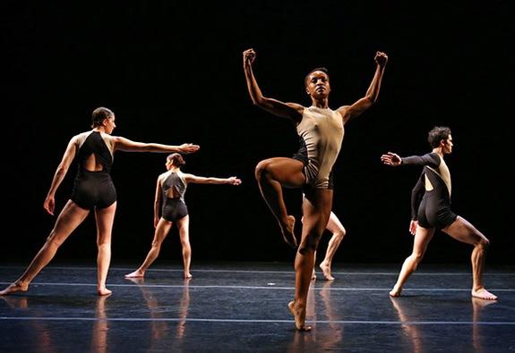 Chương trình DanceMotion USA khởi động tại Hà Nội