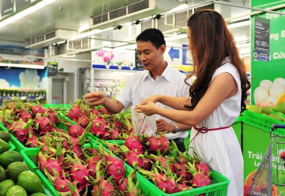 Nếm thanh long Bình Thuận thỏa thích tại MM Mega Market