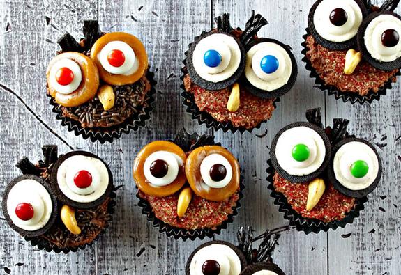 4 món tráng miệng bạn có thể tự làm cho tiệc Halloween