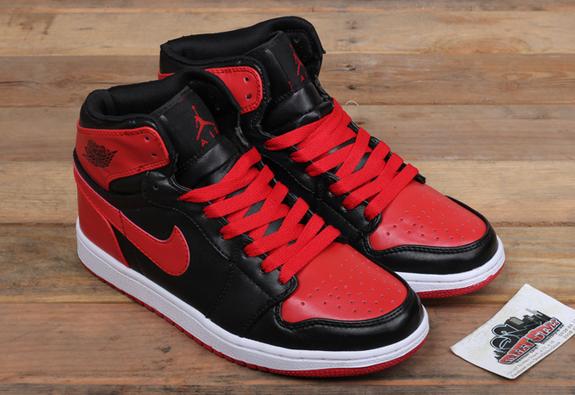 Nike Jordan 1: đôi giày cũ nhưng chưa bao giờ lỗi mốt