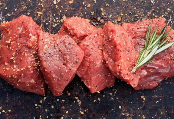 Thịt bò có công dụng gì với sức khỏe?