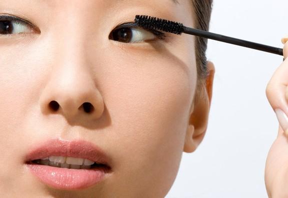 9 ghi nhớ để sử dụng mascara đúng cách