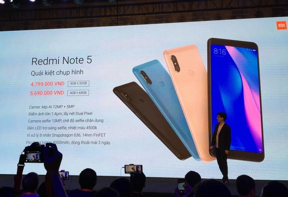 """Xiaomi chính thức ra mắt """"Quái thú chụp hình"""" với mức giá đáng nể"""