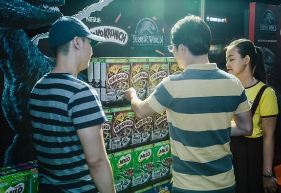 Bánh ngũ cốc ăn sáng Nestlé ra mắt phiên bản đặc biệt Thế giới Khủng long 2