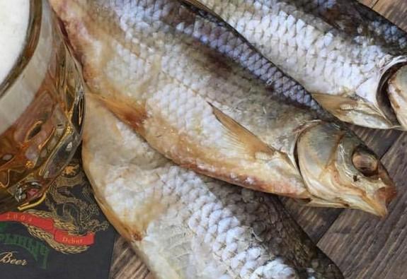 Xem World Cup Nga, ăn cá Vobla