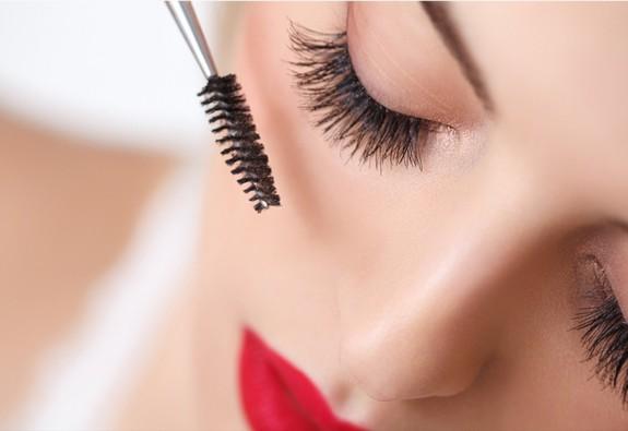 5 sản phẩm mascara chống thấm nước ở mức giá tầm trung