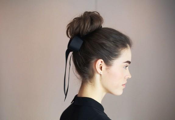 7 bước cho một búi tóc cổ điển đi dự tiệc
