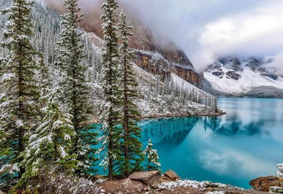 Cùng ngắm 5 hồ nước tự nhiên đẹp nhất thế giới