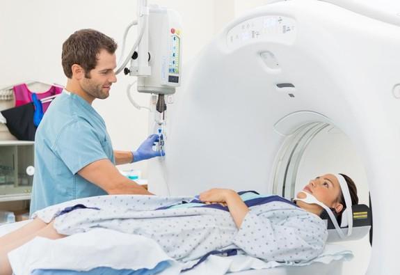 Số người mắc ung thư gia tăng nhanh chóng trong năm 2018