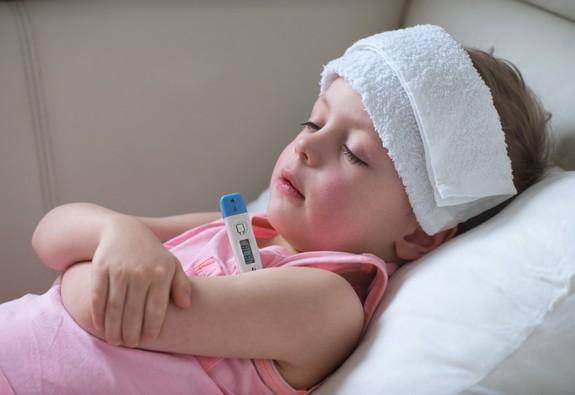 Những sai lầm khi dùng thuốc hạ sốt ở trẻ