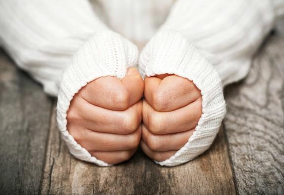Nguyên nhân chứng chân tay lạnh, chớ coi thường!