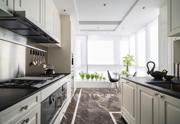 8 căn bếp lựa chọn gạch ốp hoàn hảo