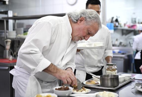 Đầu bếp sao Michelin nói gì về ẩm thực xanh?