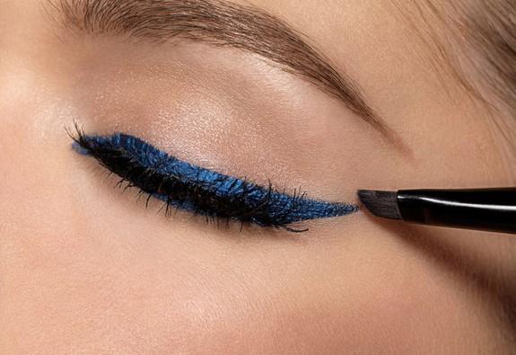 7 lỗi thường gặp khi vẽ eyeliner