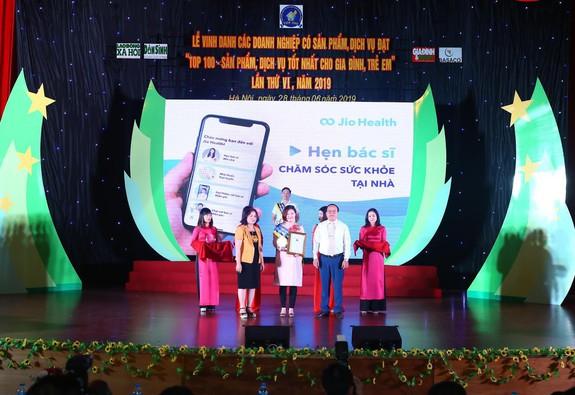 Jio Health nhận giải thưởng Top 100 sản phẩm, dịch vụ tốt nhất cho gia đình và trẻ em