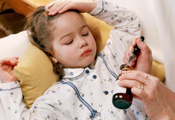Cách bổ sung dinh dưỡng khi trẻ bị cúm và tiêu chảy