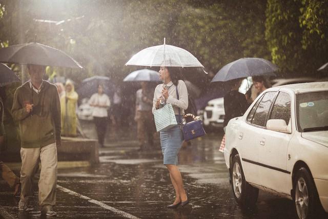 Dàn mỹ nhân hai thế hệ hội tụ trong phim mới của Nguyễn Quang Dũng - Ảnh 2.
