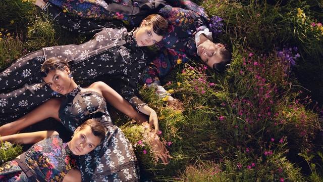H&M chính thức mở bán bộ sưu tập ERDEM x H&M tại Việt Nam - Ảnh 6.