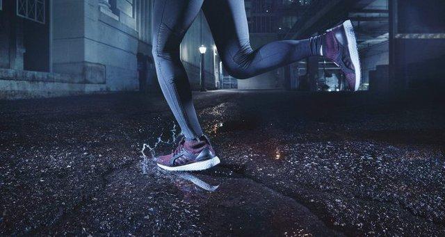 """Adidas UltraBOOST X ATR – """"Siêu phẩm"""" thách thức… trời mưa ra mắt tại Việt Nam - Ảnh 2."""