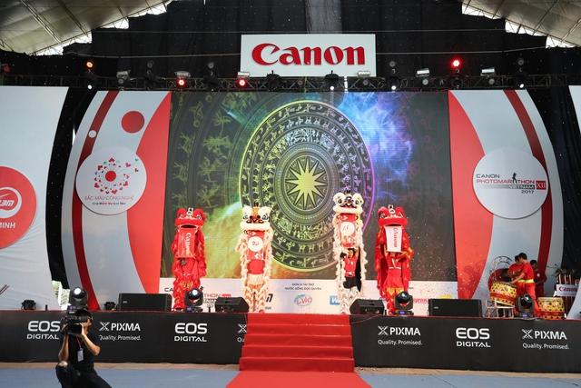 CANON EXPO 2017: TRIỂN LÃM SẮC MÀU CÔNG NGHỆ - Ảnh 1.