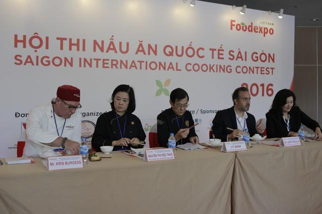 Chung kết thi nấu ăn quốc tế Sài Gòn tại Vietnam Foodexpo 2017  - Ảnh 2.